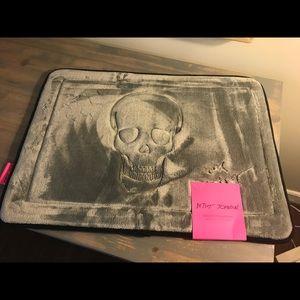 Betsey Johnson skull foam bath mat new